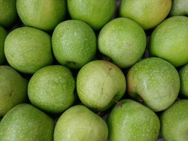 Bright green Granny Smith apples